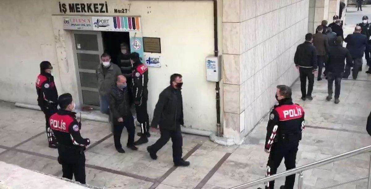 Denizli de kumarhane baskını: 25 kişiye 112 bin TL ceza #2