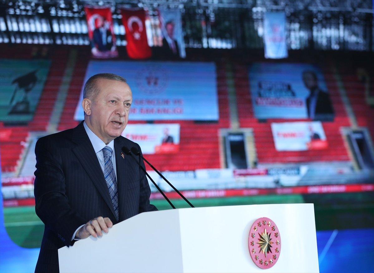 Cumhurbaşkanı Erdoğan İzmir de deprem konutları temel atma törenine katıldı #1