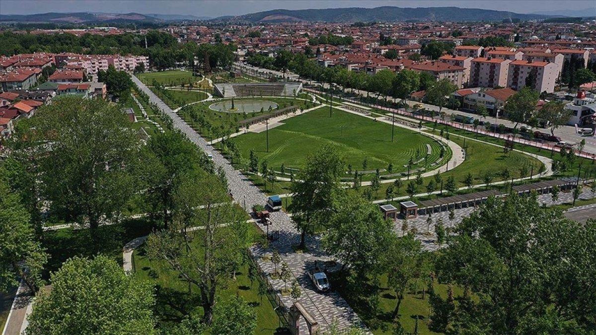 TOKİ eski stadyum alanlarını Millet Bahçesi ne dönüştürdü #3
