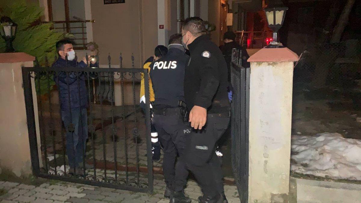 Sancaktepe de polisten kaçan iki şüphelinin bacağı kırıldı #4