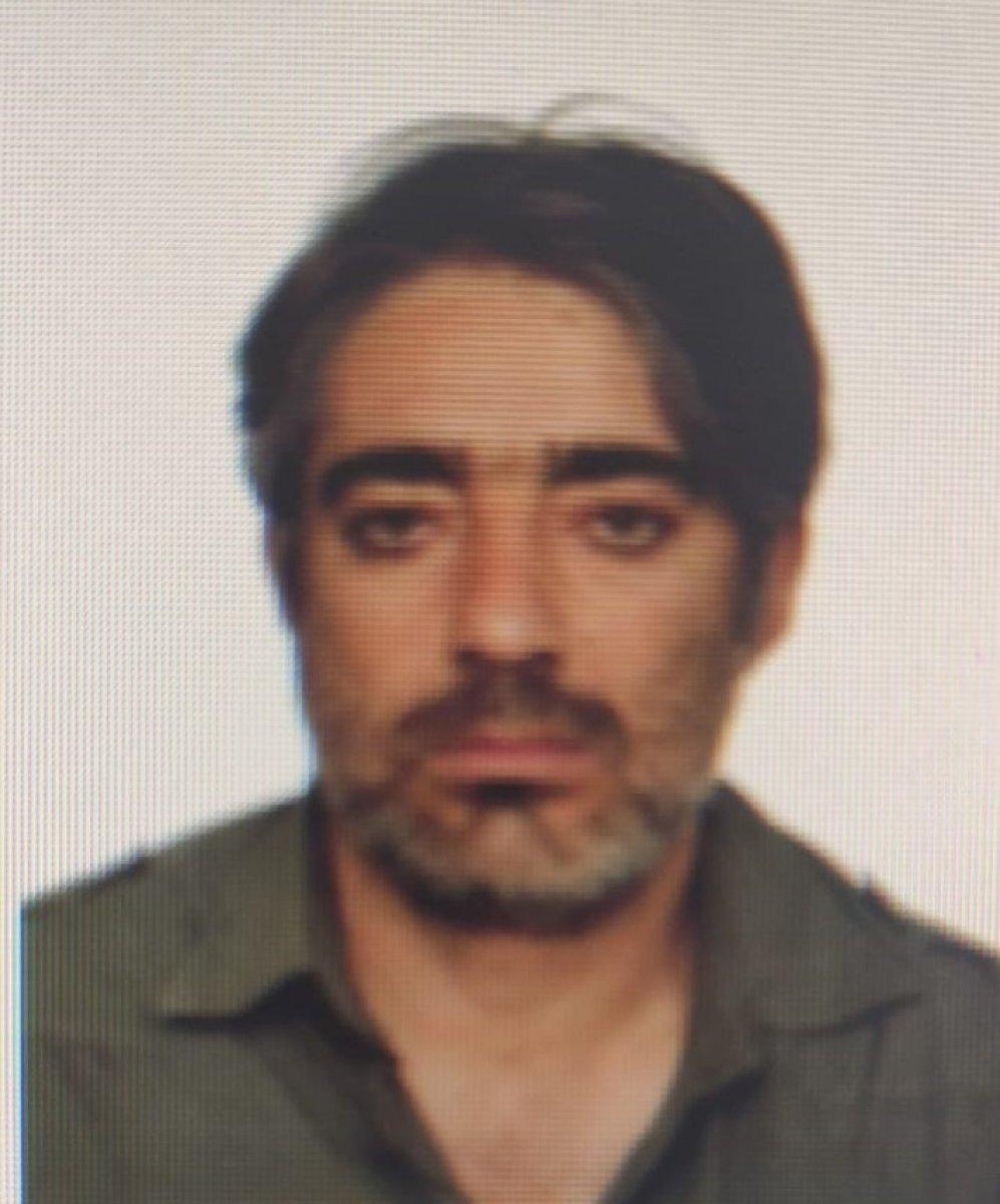 Konya da duvara çarpan sürücü hayatını kaybetti #4