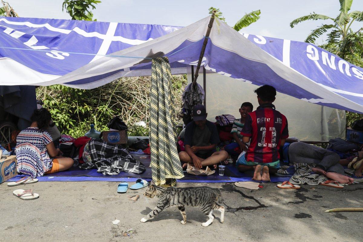 Endonezya da sel felaketi: 4'ü çocuk 5 kişi öldü #7