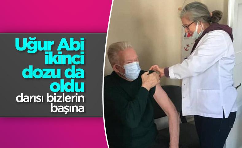 Uğur Dündar, 2'nci doz koronavirüs aşısını oldu