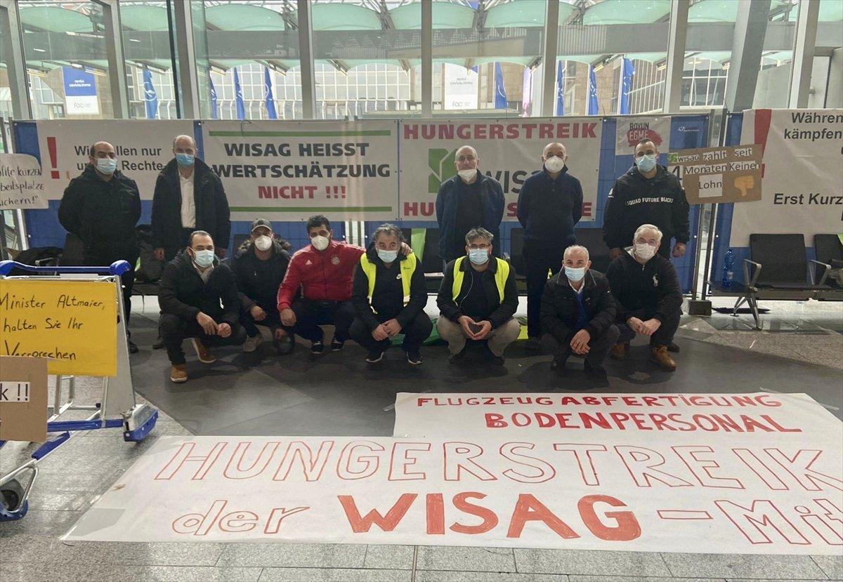 Frankfurt Havalimanı nda işten çıkarılan işçilerden açlık grevi #1