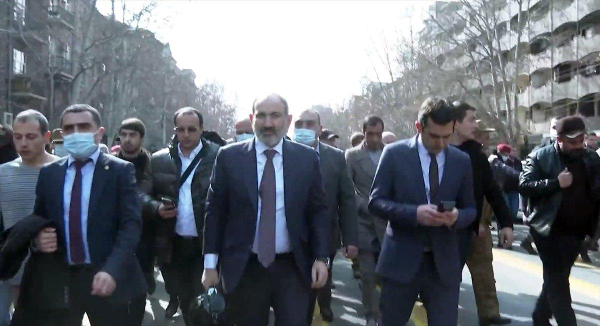Ermenistan Cumhurbaşkanı, genelkurmayın görevden alınmasını onaylamadı #1