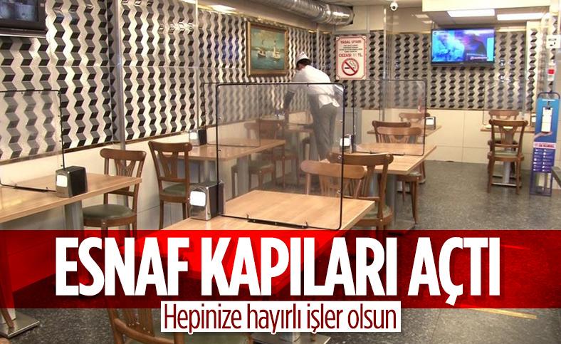 İstanbul'da esnaf kapıları açtı