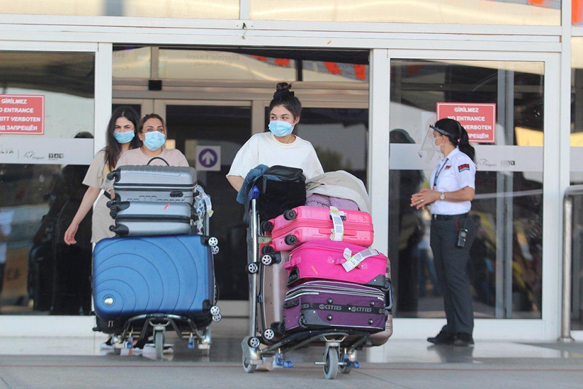 İngiliz basını: Türkiye, İngiltere den turistleri ağırlamaya hazırlanıyor #5