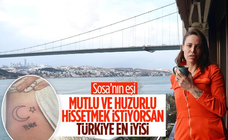 Fenerbahçeli Sosa'nın eşi Carolina, 'ikinci evim' dediği İstanbul'da sanatla iç içe