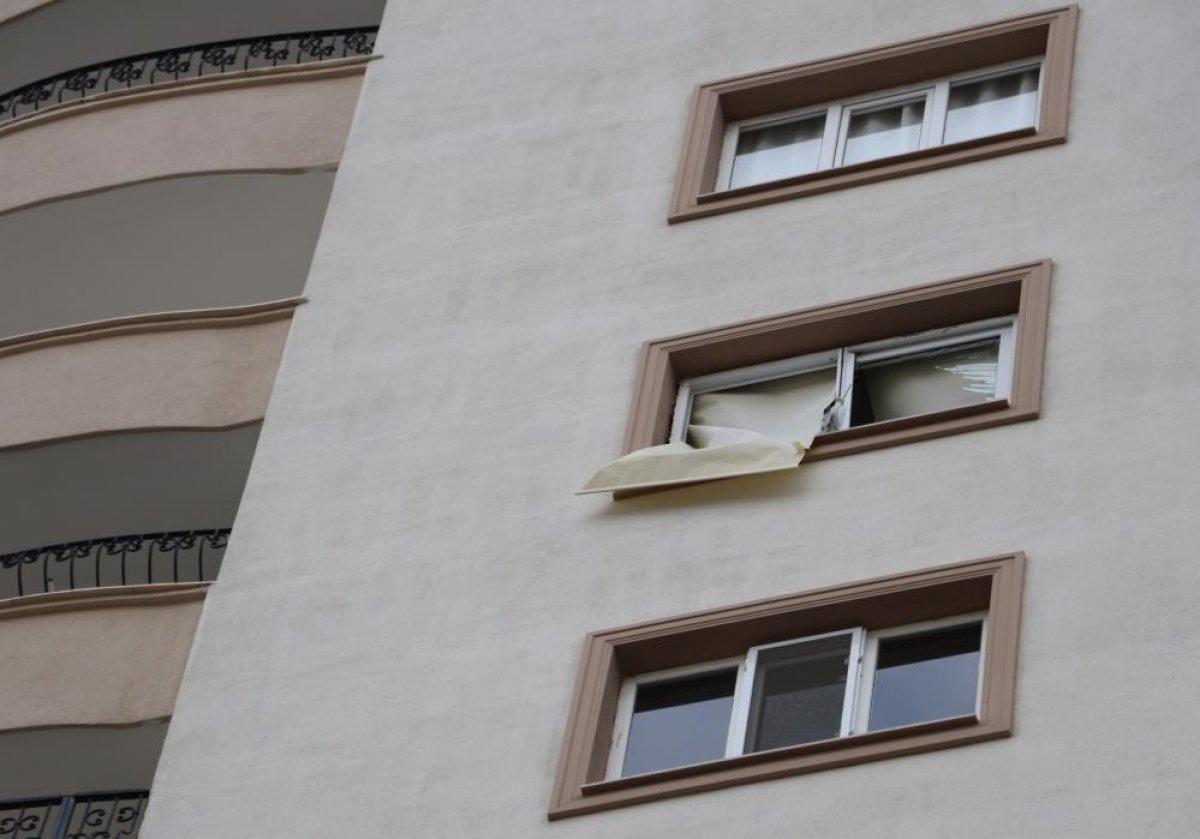 Adana'da bomba gibi patlayan şofbenden dakikalarla kurtuldu #5