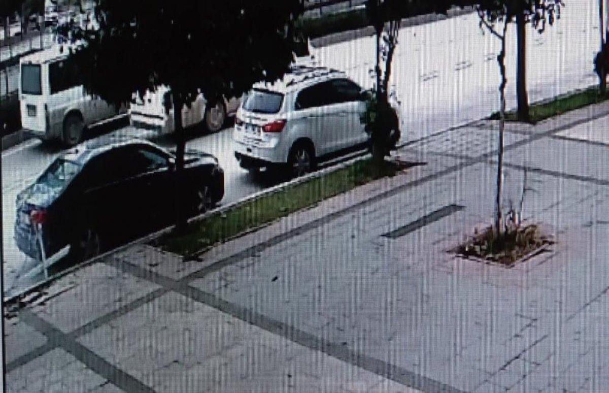 Adana'da bomba gibi patlayan şofbenden dakikalarla kurtuldu #2