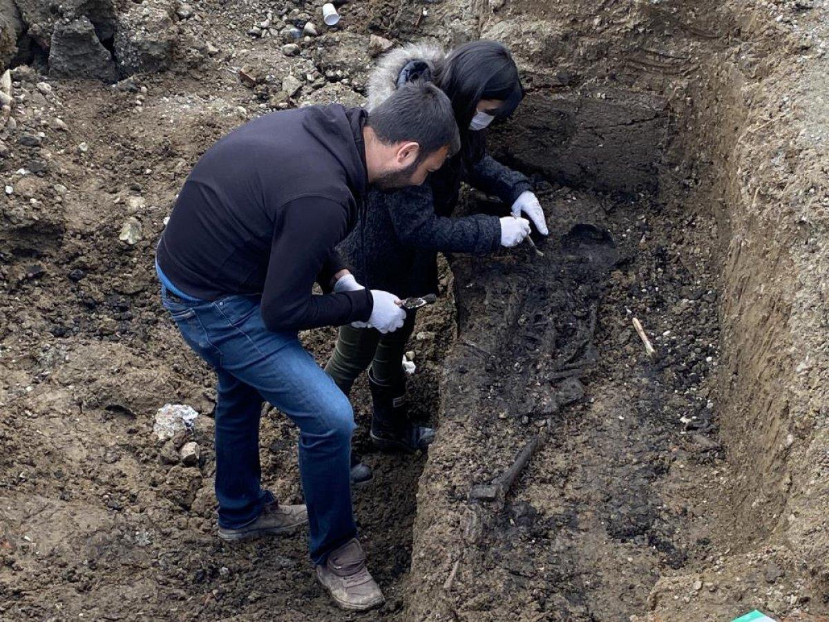 Düzce'de bin 500 yıllık Bizans mezarı bulundu #3