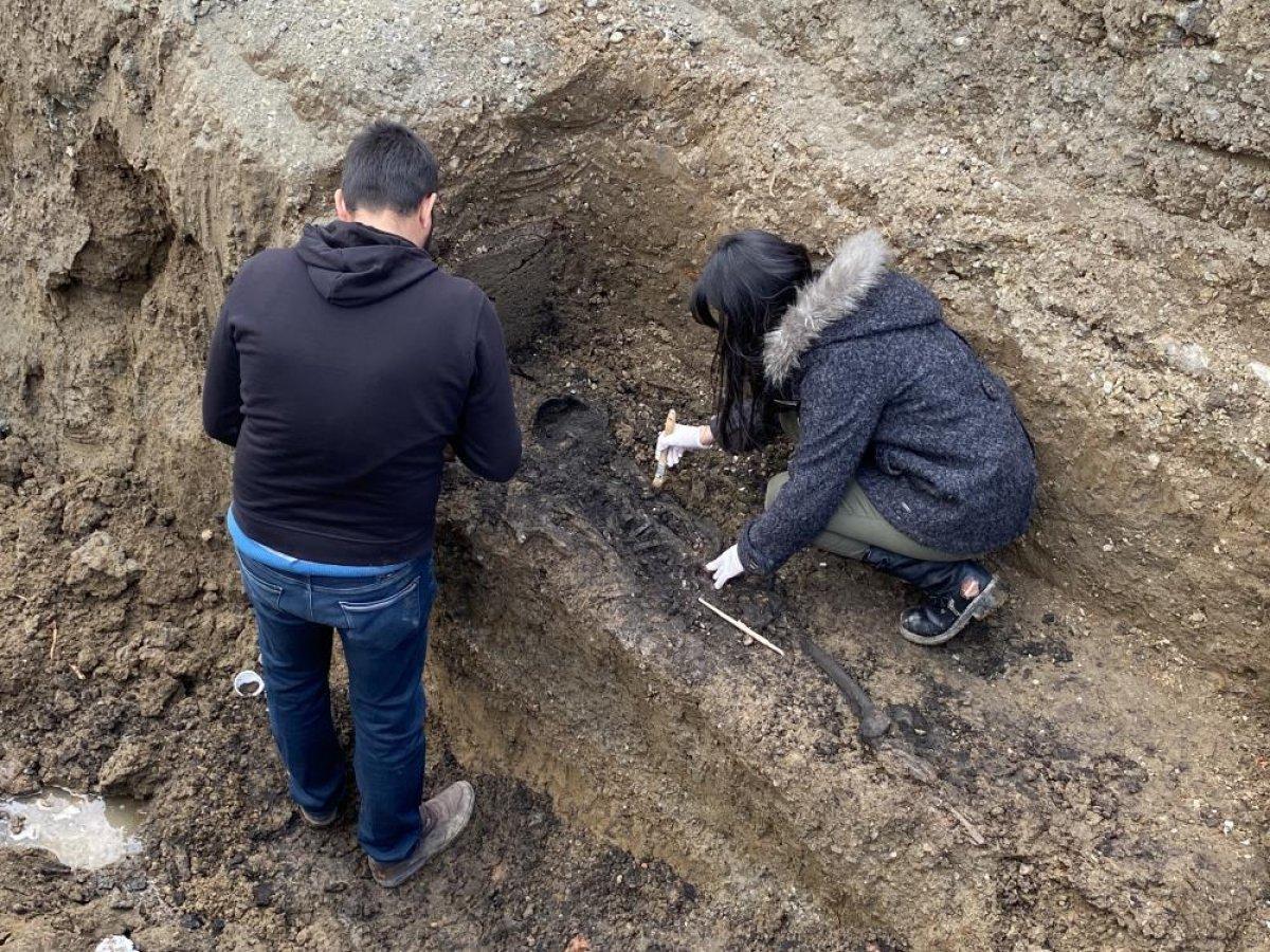 Düzce'de bin 500 yıllık Bizans mezarı bulundu #5