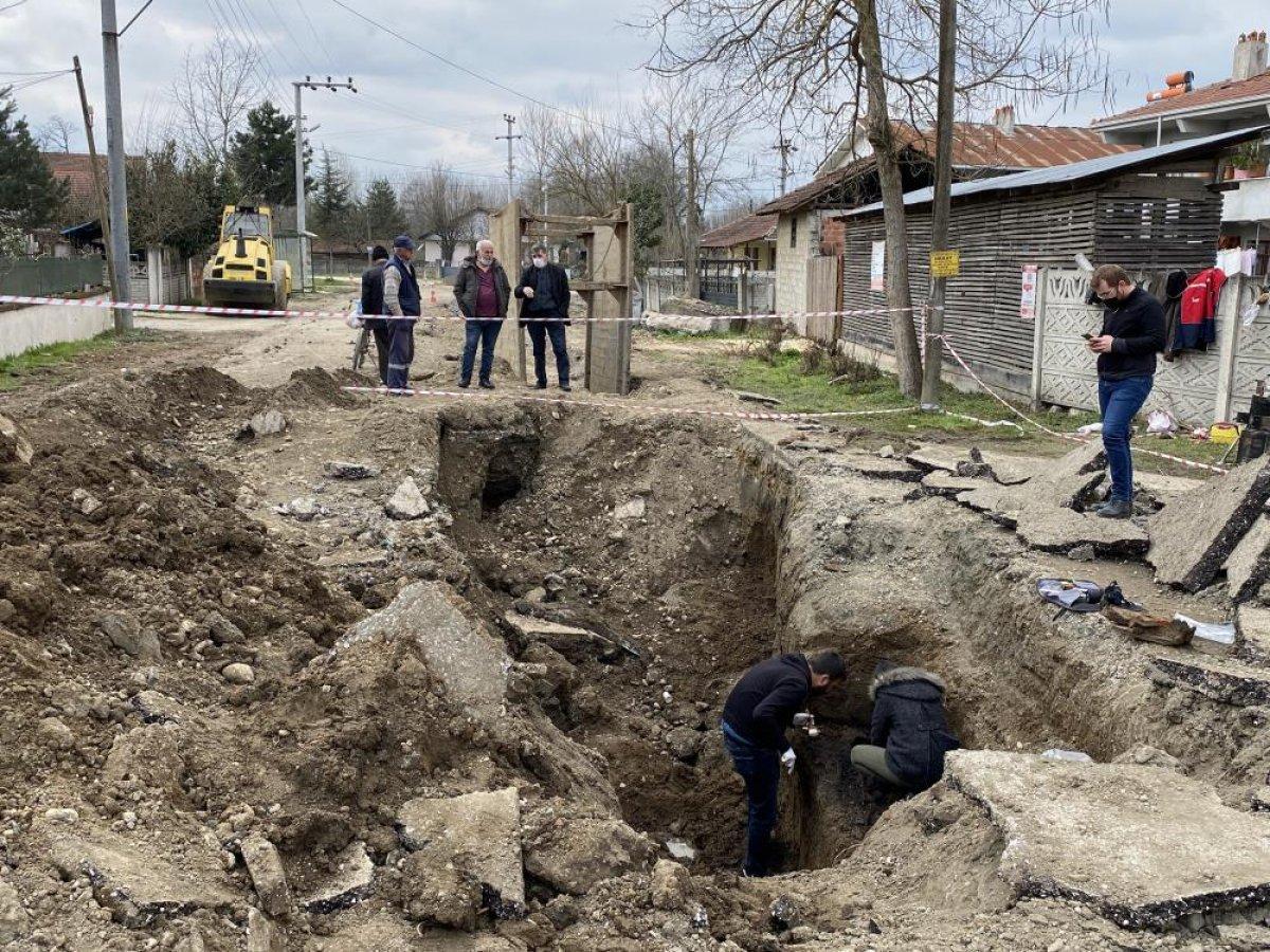 Düzce'de bin 500 yıllık Bizans mezarı bulundu #6