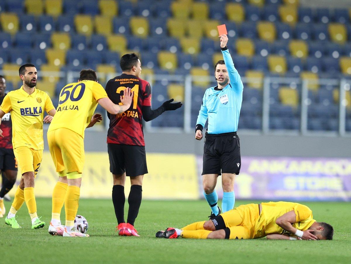Mustafa Cengiz: Kırmızı kart utanç vesilesi #1