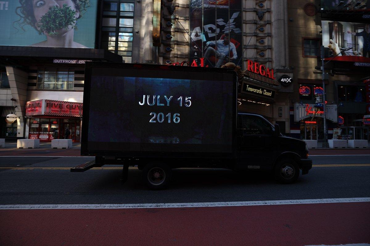 Times Meydanı nda FETÖ ilanına karşı dijital ekranlı kamyonet dolaştırıldı #5