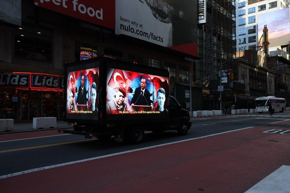 Times Meydanı nda FETÖ ilanına karşı dijital ekranlı kamyonet dolaştırıldı #4