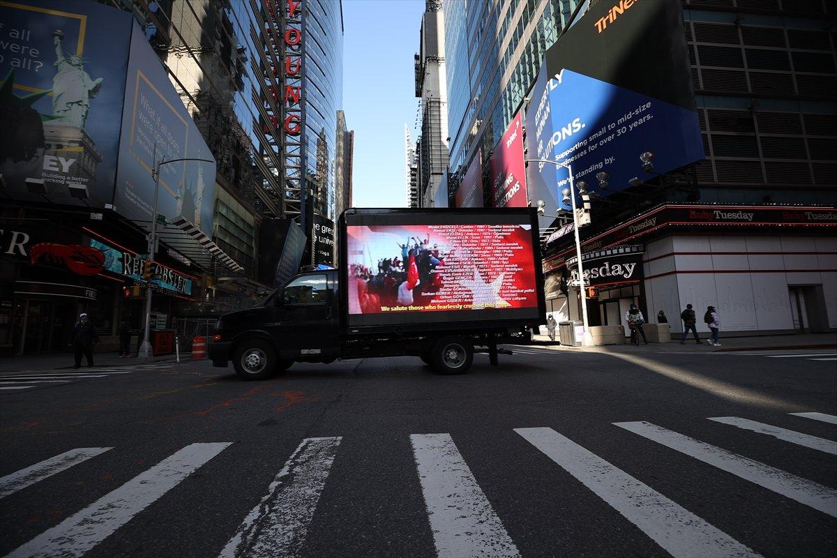 Times Meydanı nda FETÖ ilanına karşı dijital ekranlı kamyonet dolaştırıldı #3