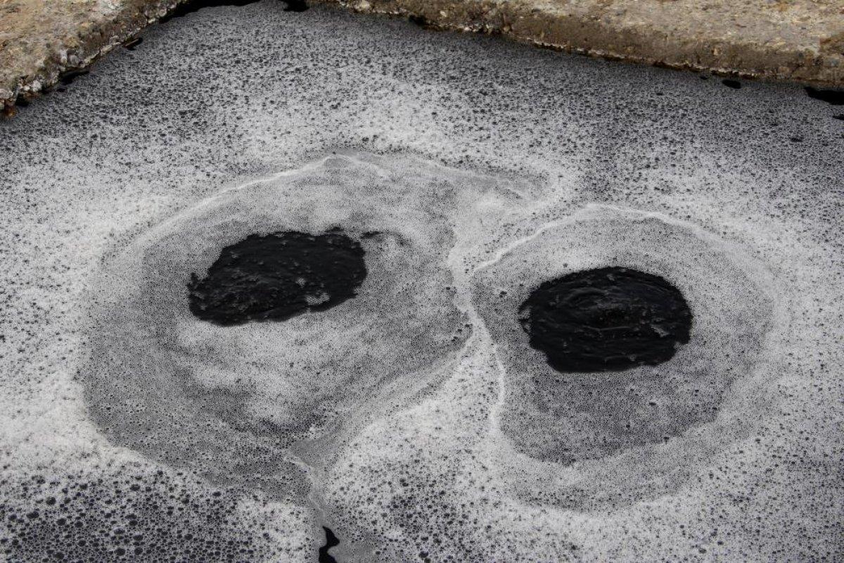 Erzurum'daki yanan su görenleri şaşkına çeviriyor #1