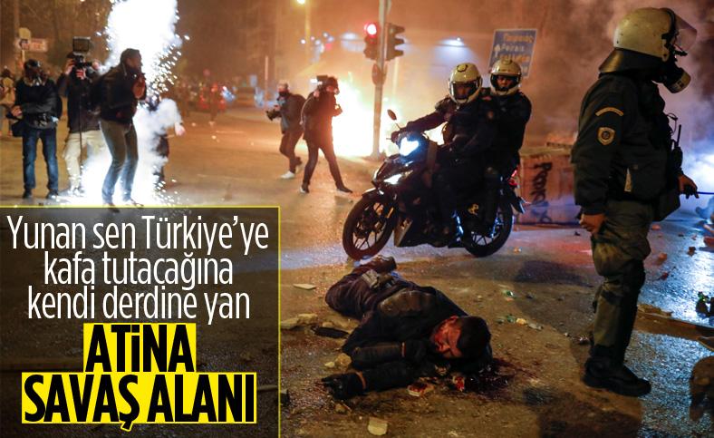Atina'da protestocular polisle çatıştı