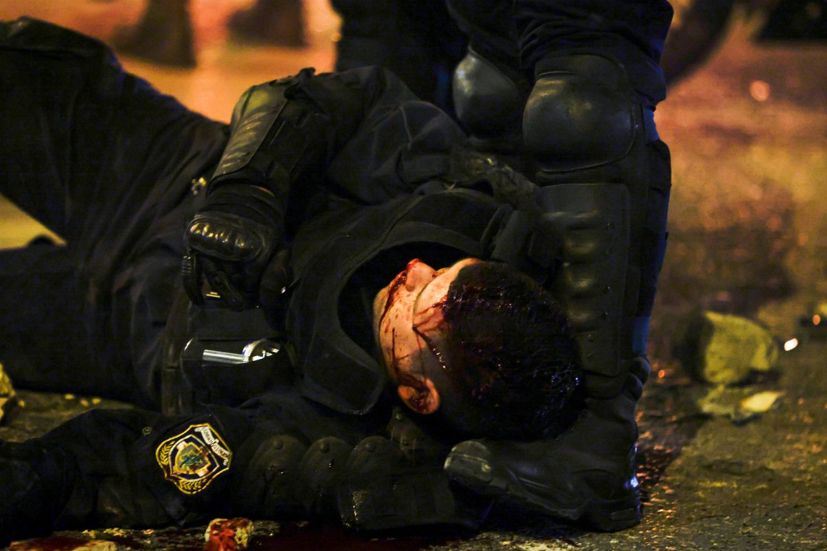 Atina da protestocular polisle çatıştı #2