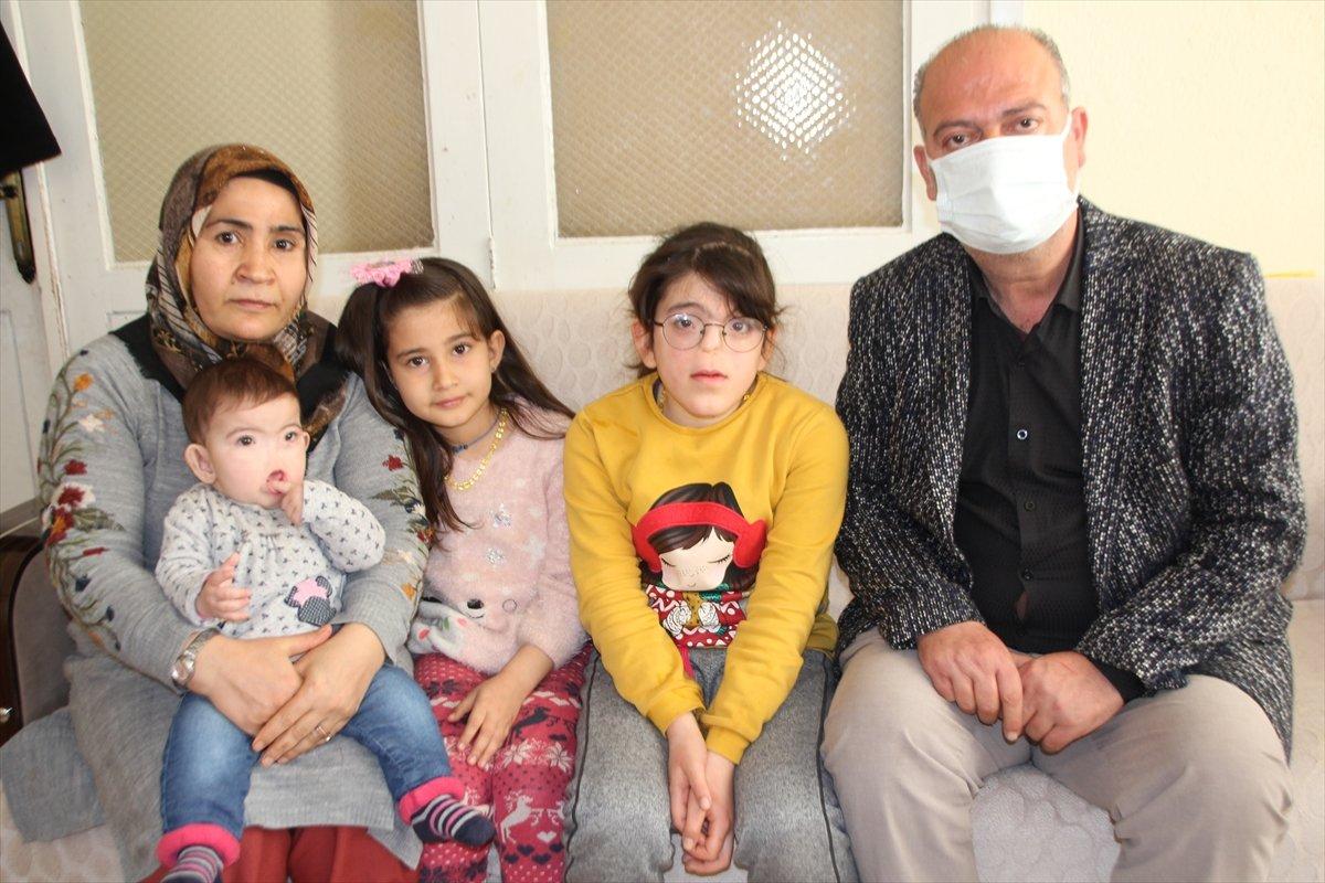 Antalyalı aile, burnu olmadan dünyaya gelen çocukları için destek bekliyor #4