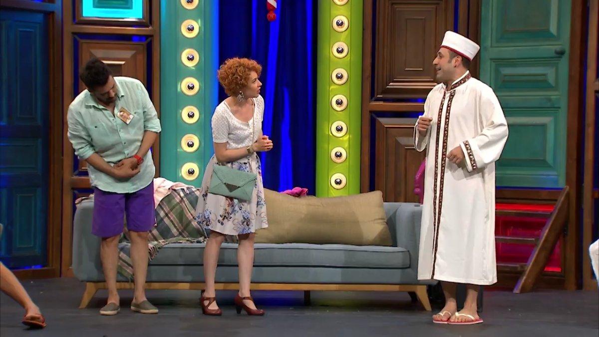 Güldür Güldür ün skeci imamları kızdırdı #5