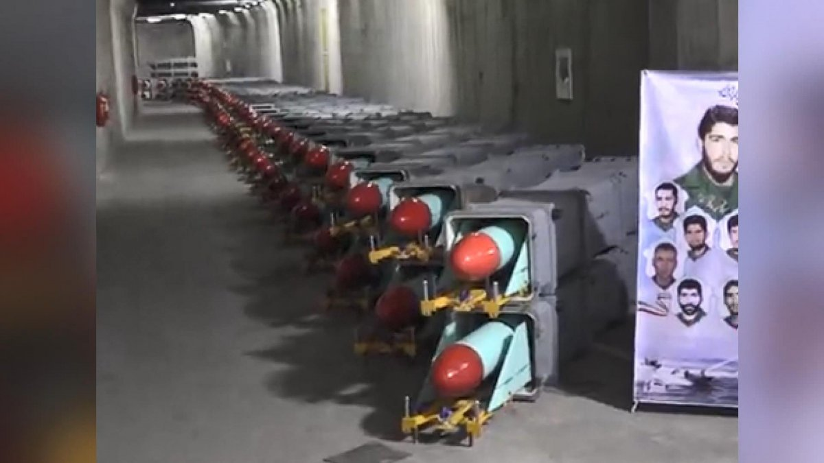 İran, yeni  füze kentinin  tanıtımını yaptı #4