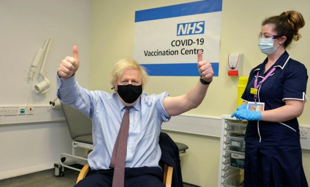 Boris Johnson, AstraZeneca aşısı oldu #2