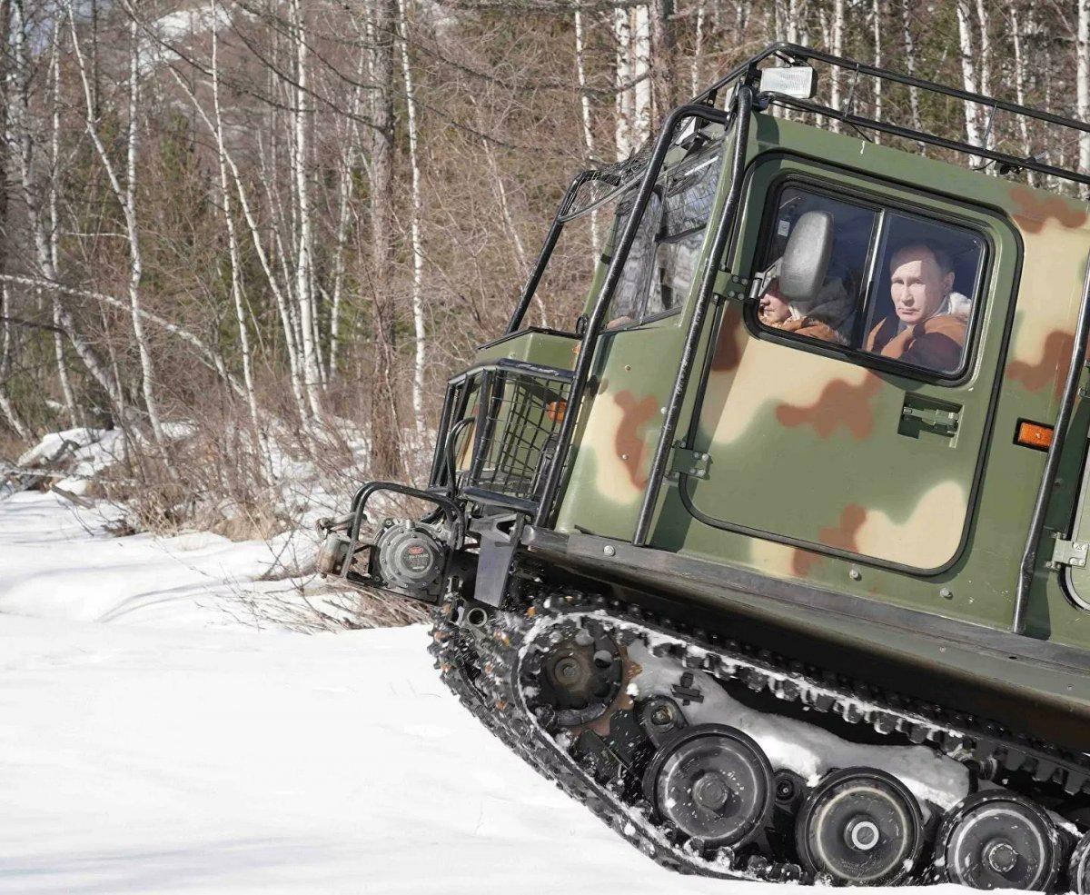 Putin, hafta sonu tatilinde Savunma Bakanı ile Sibirya'da #6