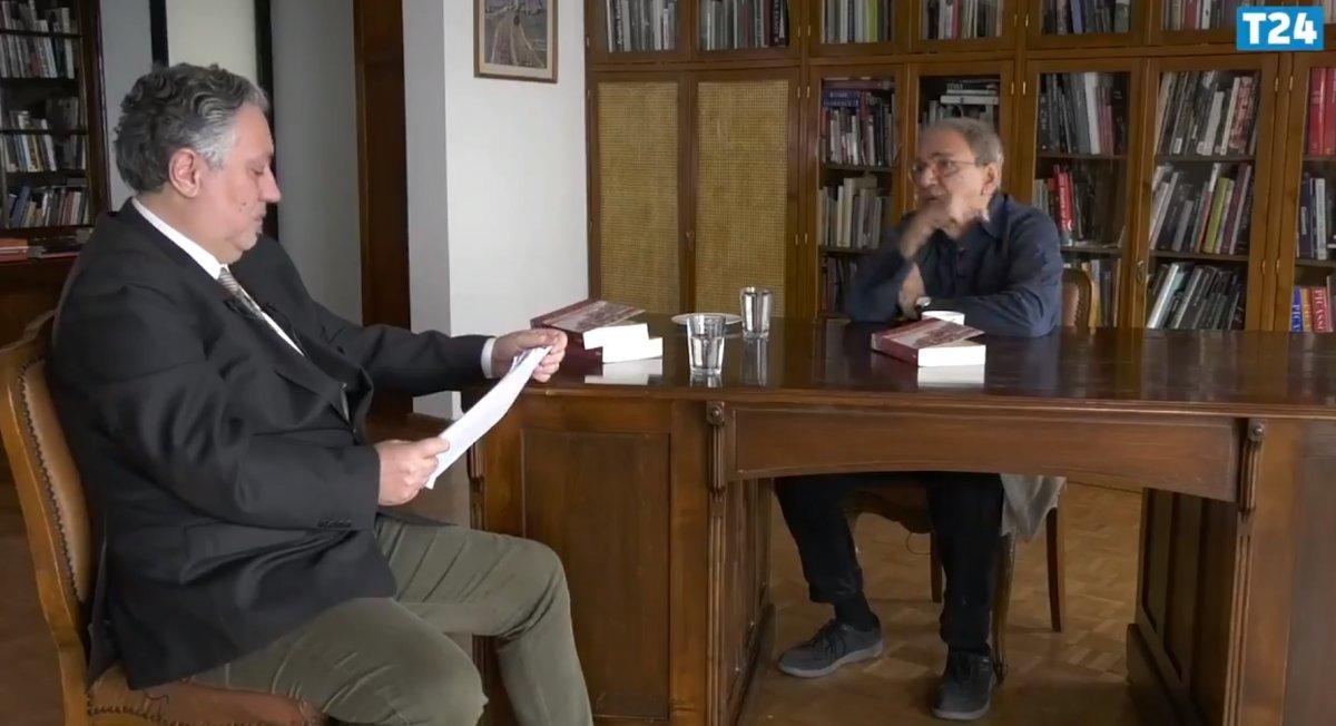 Orhan Pamuk Ayasofya için CHP yi sessiz kalmakla suçladı #1