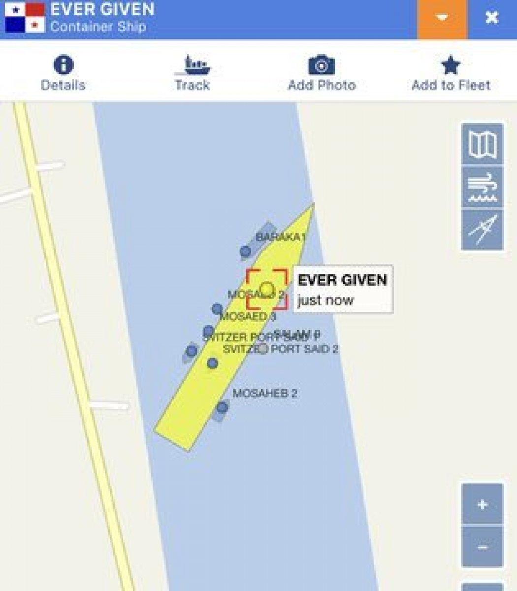 Süveyş Kanalı, gemi trafiğine kapandı #1