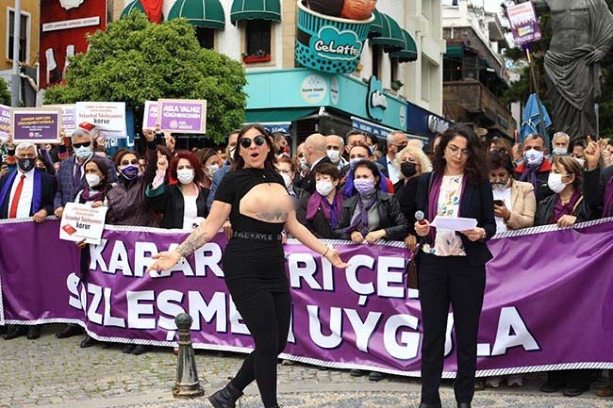 Antalya da üstsüz İstanbul Sözleşmesi eylemi #2