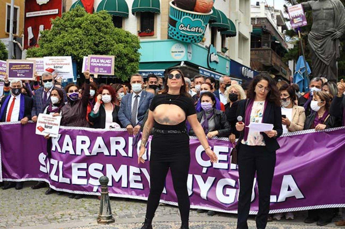 Antalya da üstsüz İstanbul Sözleşmesi eylemi #3