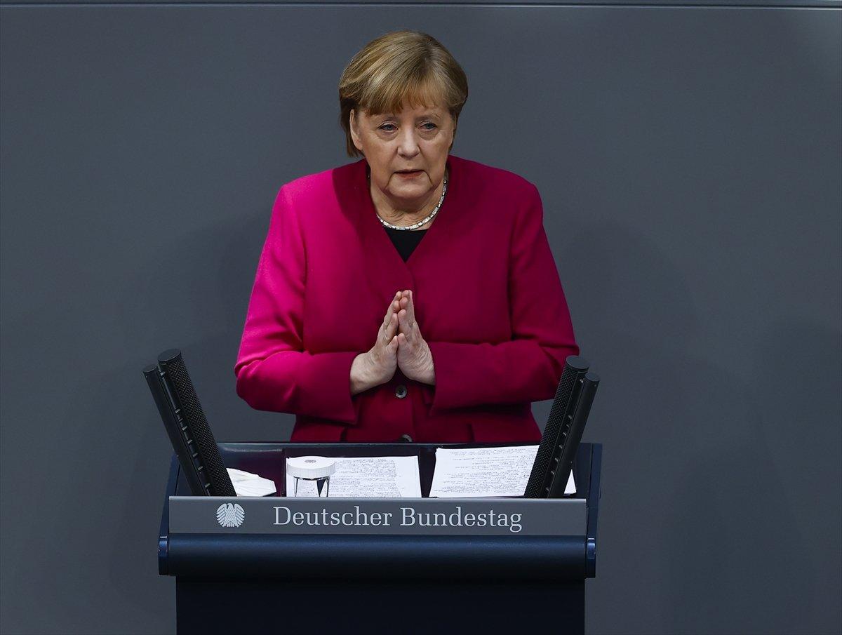 Merkel: Türkiye, Doğu Akdeniz de tansiyonu düşürücü sinyaller veriyor #1