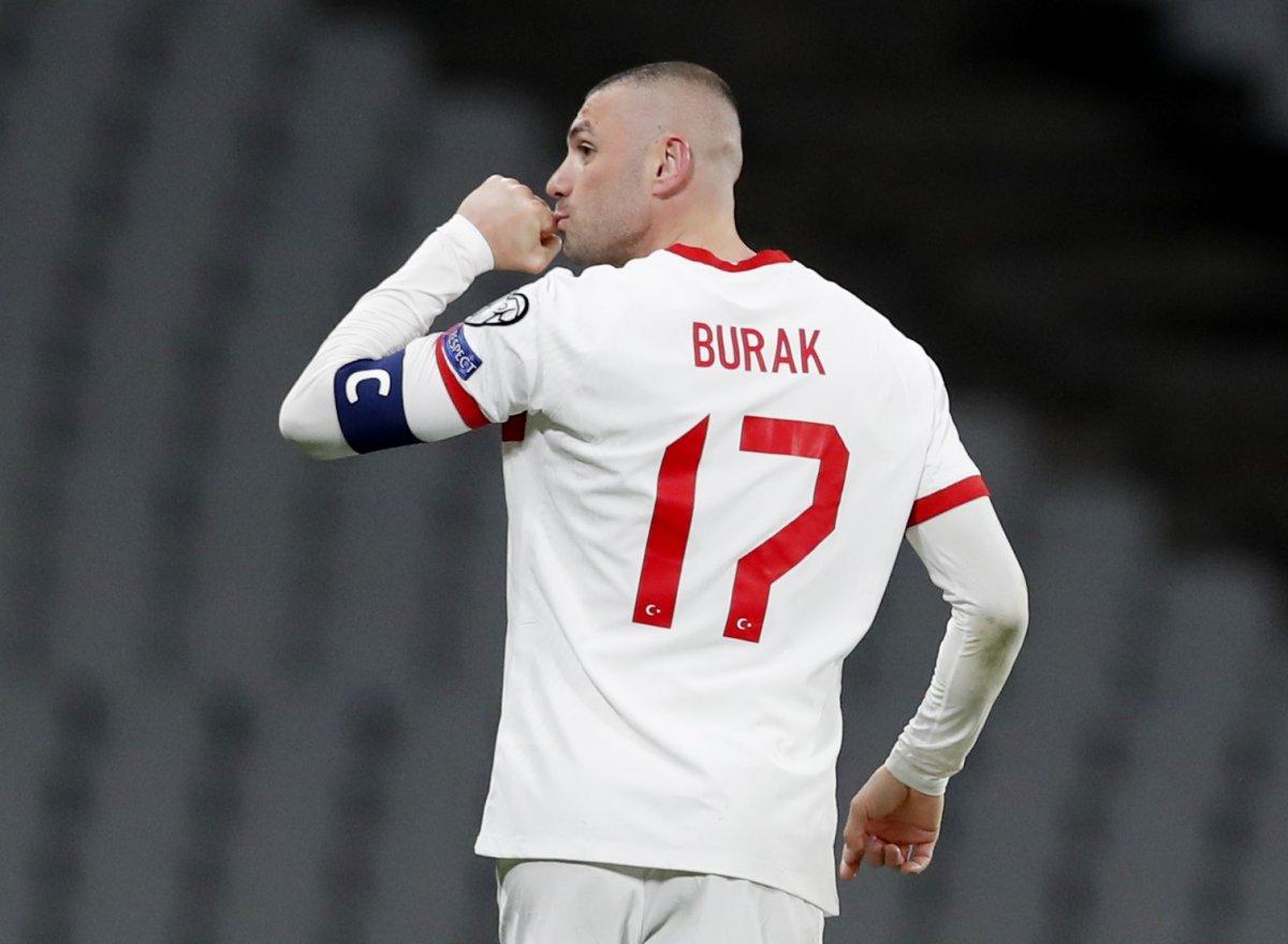 Burak Yılmaz, Hollanda ya 3 gol atan ilk futbolcu oldu #2