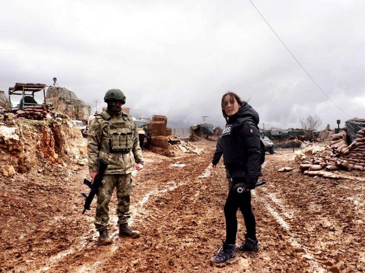 Nazlı Çelik, Irak taki Mehmetçik in üs bölgesini ziyaret etti #3