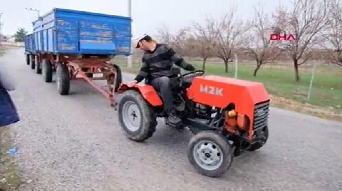 Konya da garajında mini traktör yaptı #2