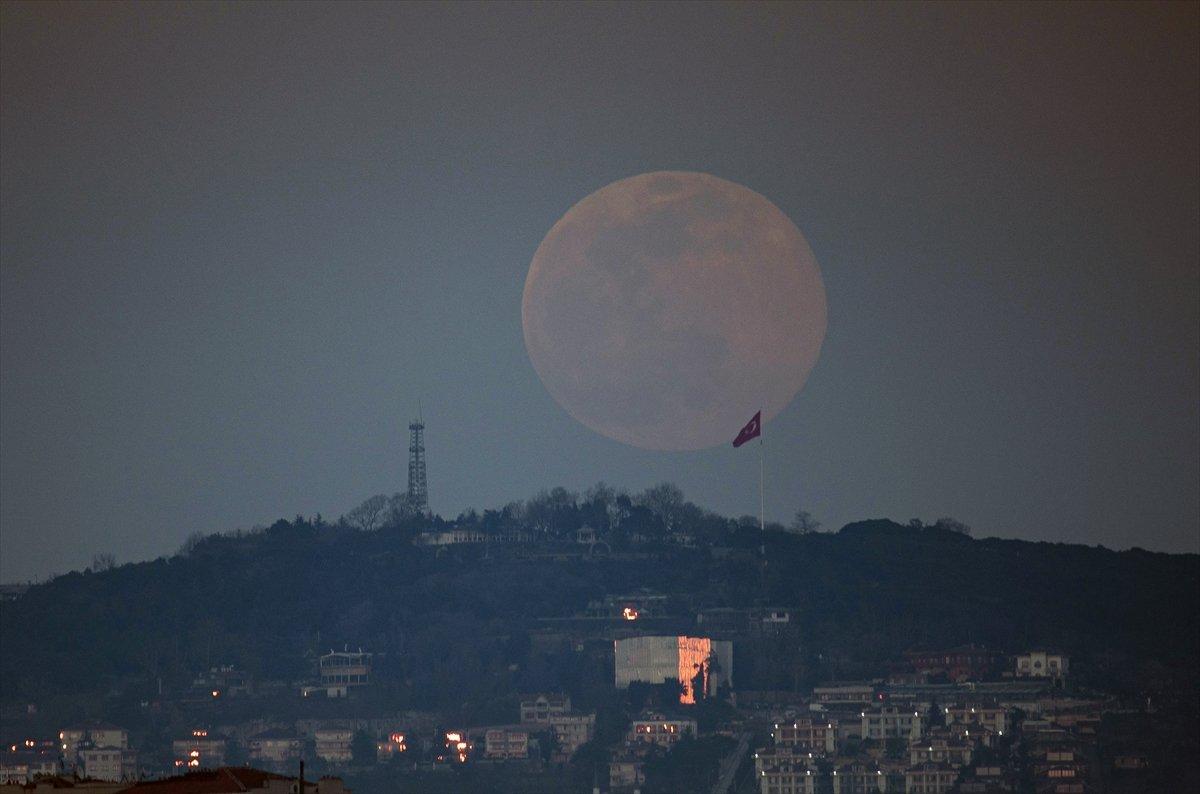 İstanbul da dolunay #1