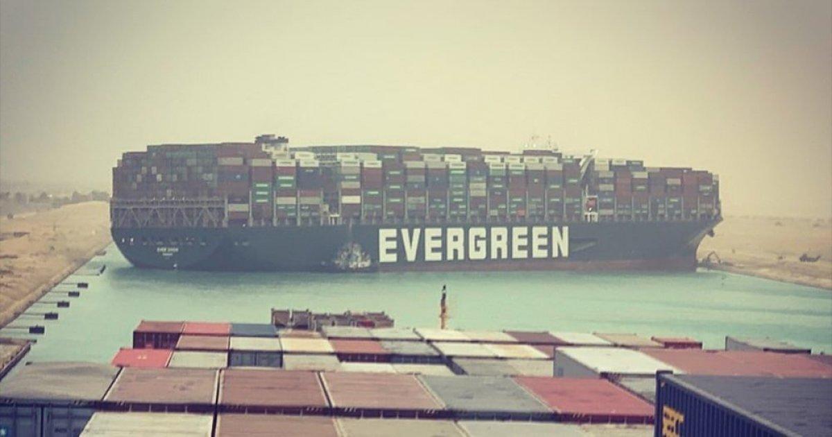 Evergreen in tırı, Çin de otoyolu tıkadı #3