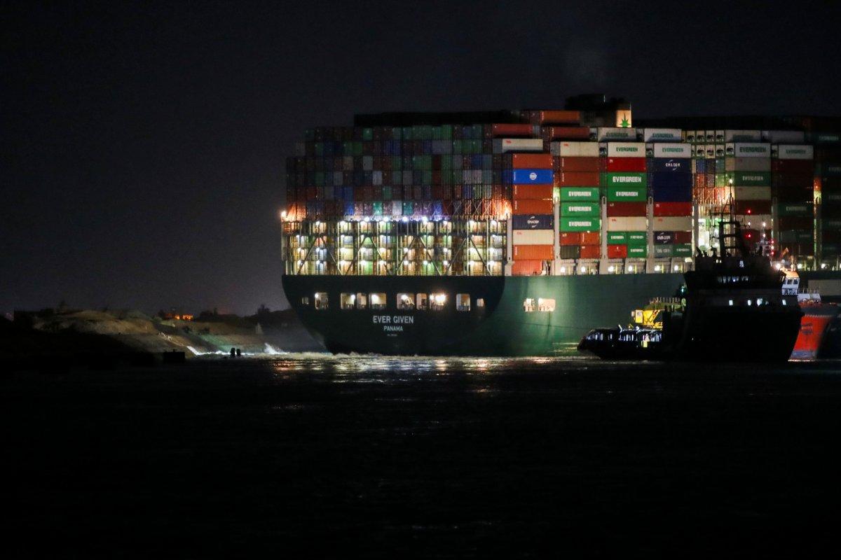 Süveyş Kanalı ndaki kriz büyüyor #3