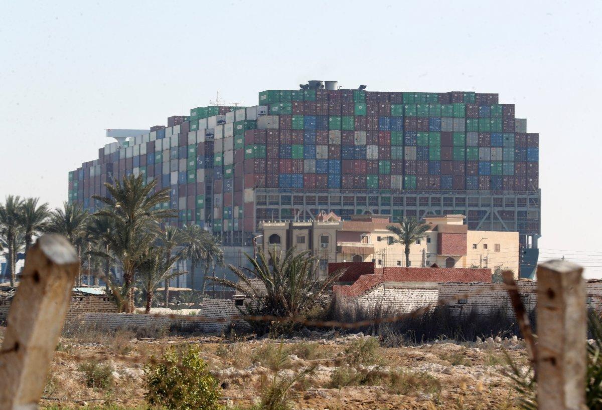 Süveyş Kanalı ndaki kriz büyüyor #4