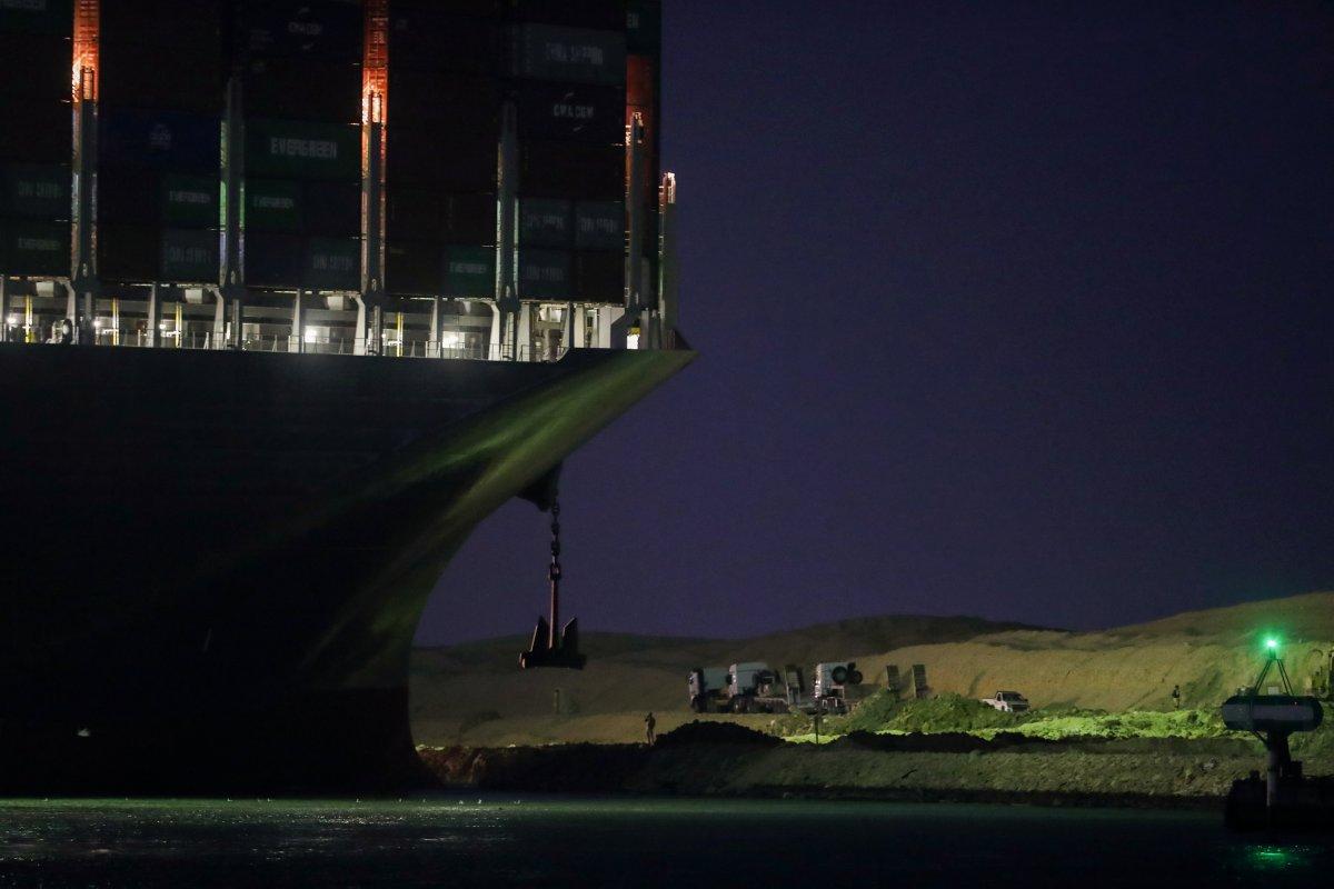 Süveyş Kanalı ndaki kriz büyüyor #2