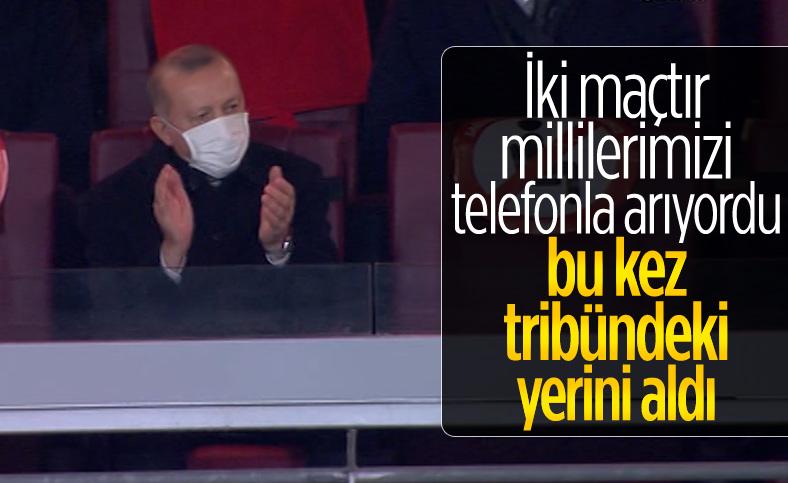Cumhurbaşkanı Erdoğan, Türkiye-Letonya maçını tribünden izledi