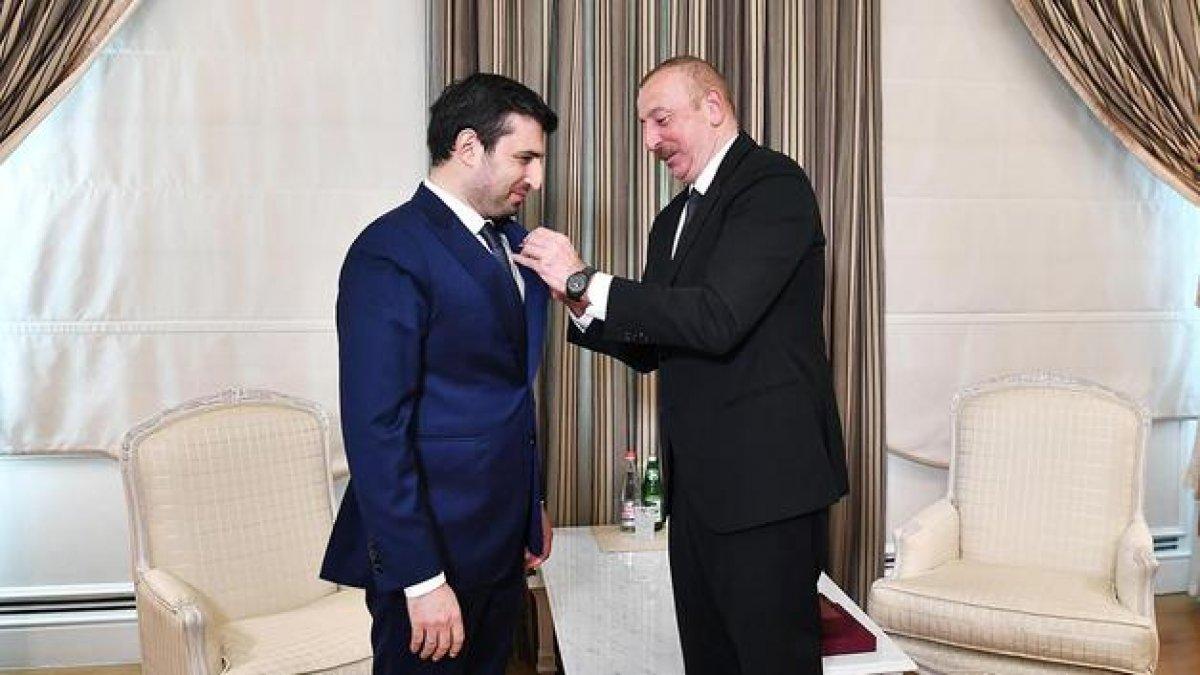 İlham Aliyev, Selçuk Bayraktar a madalya taktı #6