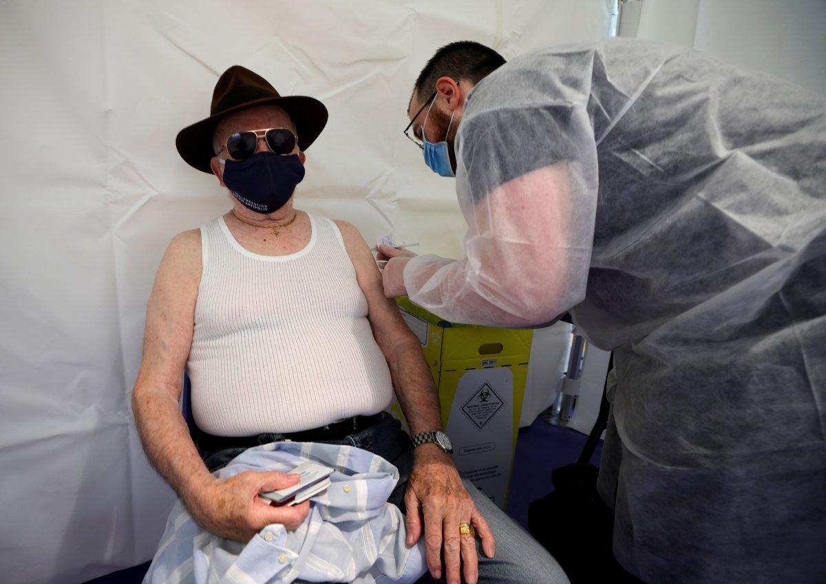 Fransa, koronavirüse karşı açık havada alkolü yasakladı #8