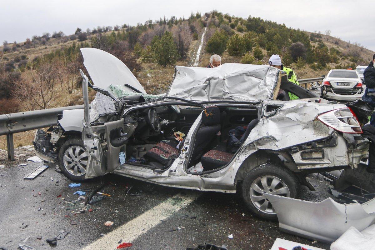 İstanbul-Ankara yolunda zincirleme trafik kazası #5