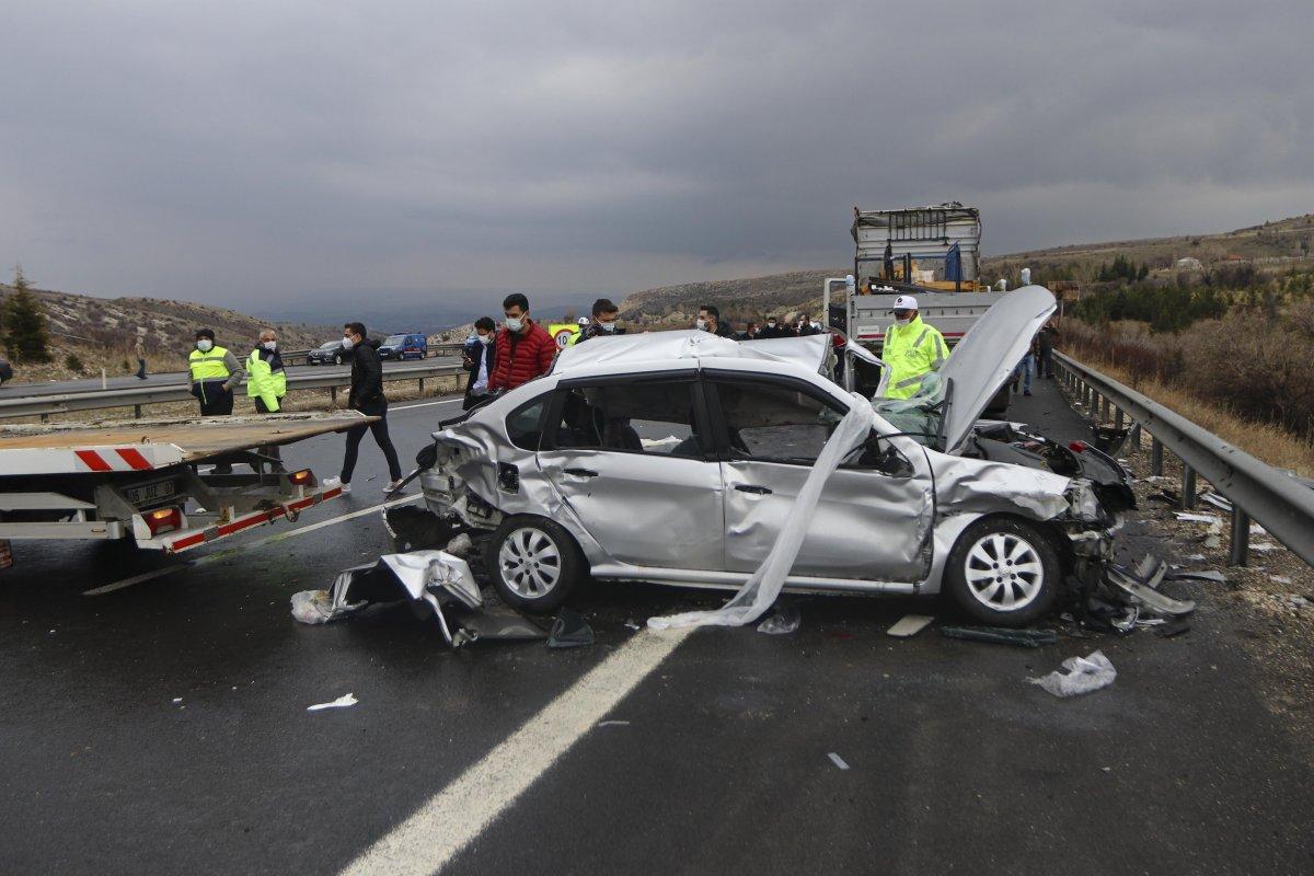 İstanbul-Ankara yolunda zincirleme trafik kazası #7