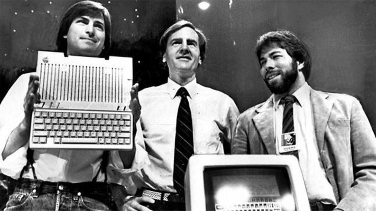 Tarihte bugün: Steve Jobs, Steve Wozniak ve Ronald Wayne Appleı kurdu