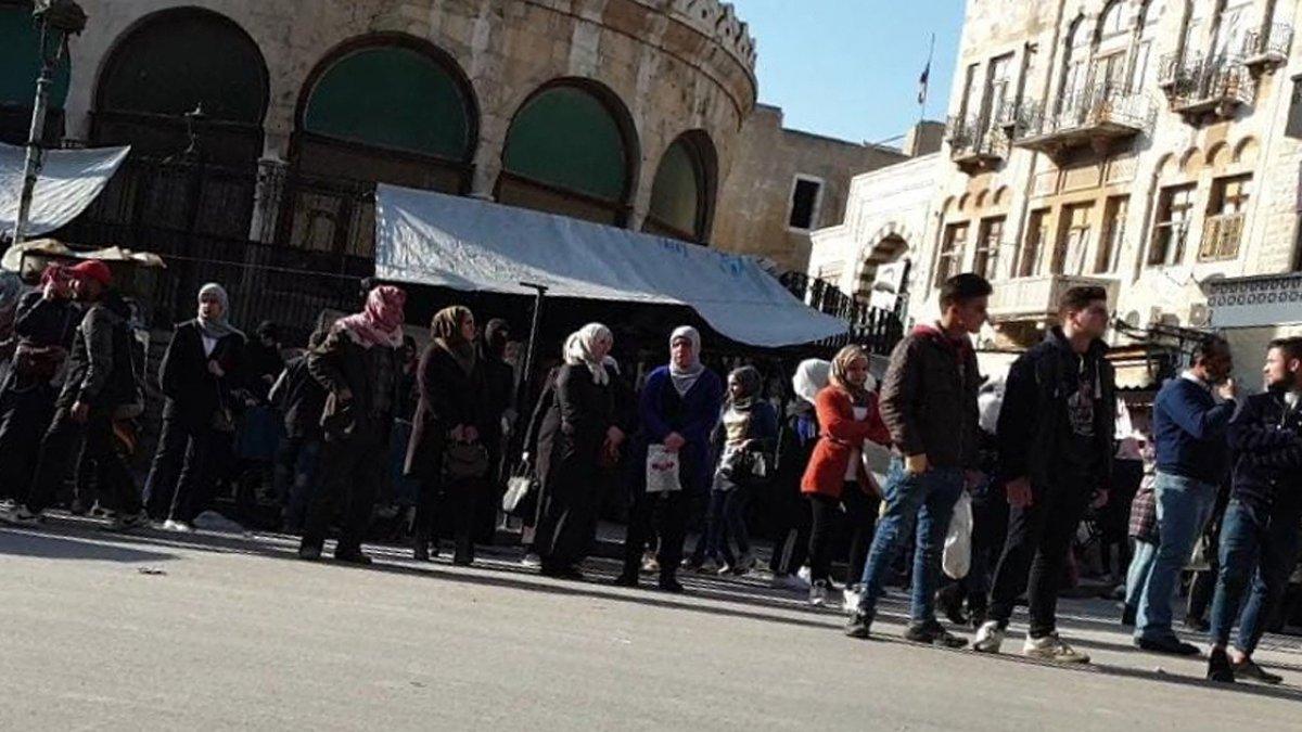 Esad rejiminin kontrolündeki bölgelerde akaryakıt krizi yaşanıyor #3