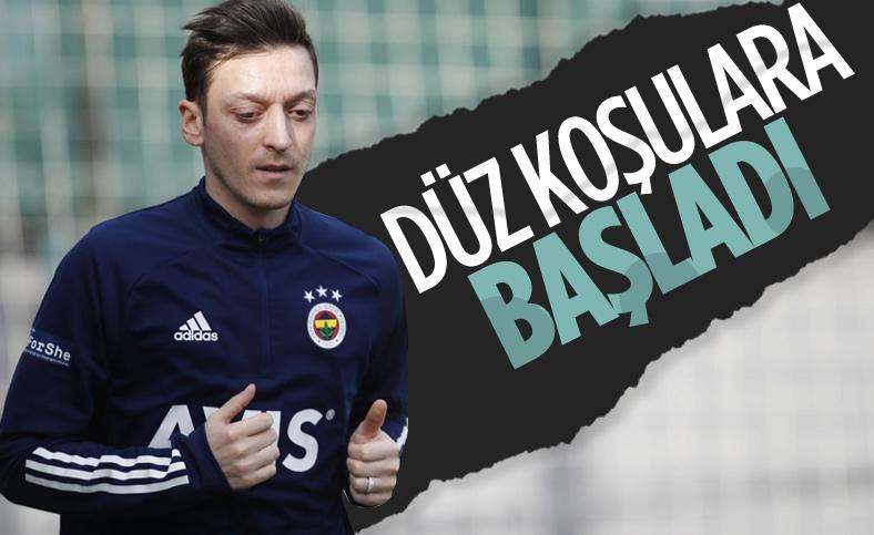 Fenerbahçe'de sakatlıktan kurtulan Mesut Özil, düz koşulara başladı